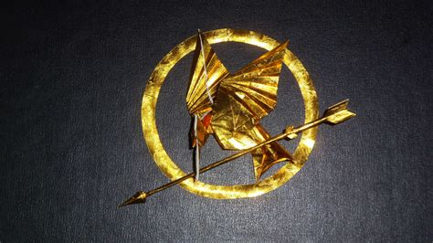 mockingjay origami origami mockingjay from hunger by orudorumagi11 on