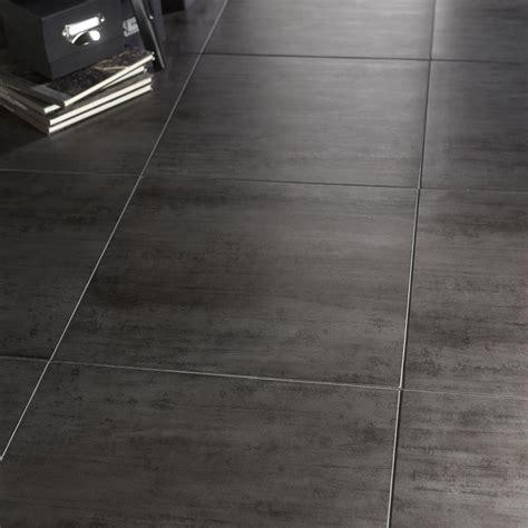 carrelage sol et mur gris fonc 233 effet b 233 ton eiffel l 45 x l 45 cm leroy merlin