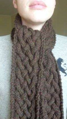 how to knit a cable scarf for beginners 1000 ideas about knit scarf patterns on cable
