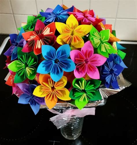 how do you make origami flowers how to make origami flowers everywhere