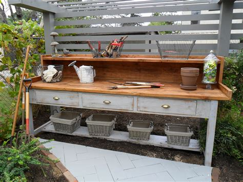 Gardening Workbench Potting Shed Cottage Shed On Potting Benches