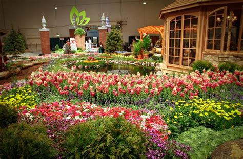 flower and garden show chicago chicago flower and garden show 2012 will fuse fashion and