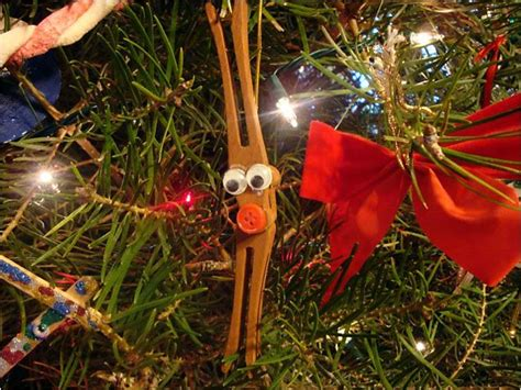 why do we decorate trees with ornaments why do we hang ornaments on tree 28 images trim the