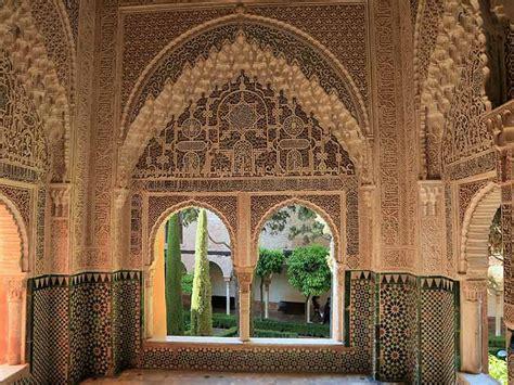 entradas visita alhambra visita privada a la alhambra con guia oficial de granada y