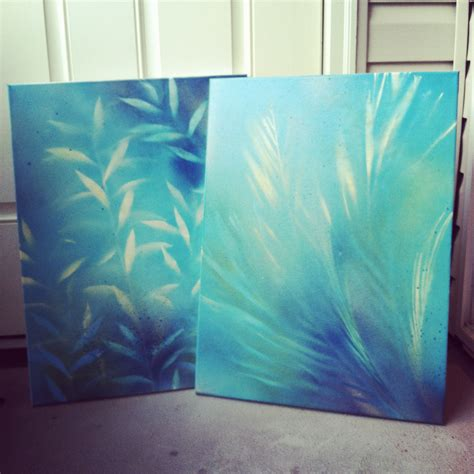 spray paint on canvas craft