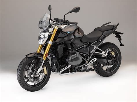 Moto Bmw by Almost All 2018 Bmw Motorcycles Get Updates Autoevolution