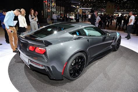 New Corvette Zr1 by New Corvette Zr1 On Its Way As Gm Trademarks Nameplate