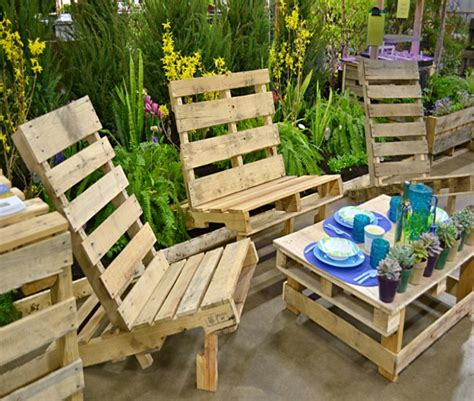 outdoor furniture made out of pallets outdoor furniture out of pallets wood pallet ideas