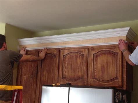 installing kitchen cabinet crown molding kitchen installing crown molding on ravishing how to