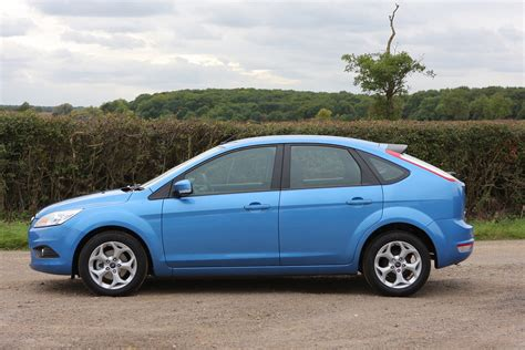 Ford Focus Review by Ford Focus Hatchback Review 2005 2011 Parkers