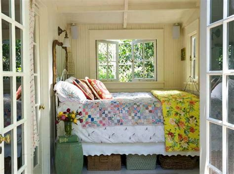 lake house bedroom decorating ideas tiny lake cottage bedroom decor ideas freshouz