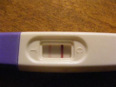 test de grossesse avec 2 232 me ligne a peine visible b 233 b 233 s de l 233 e forum grossesse b 233 b 233