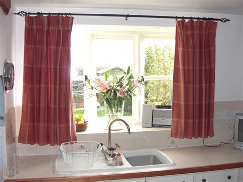 curtains for the kitchen 6 kitchen curtain ideas messagenote