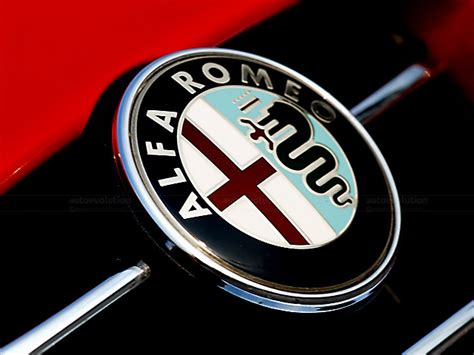 Alfa Romeo Emblem by Alfa Romeo Logo Hd Png Meaning Information Carlogos Org