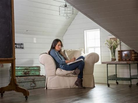 chip and joanna gaines house boat hgtv s fixer with chip and joanna gaines hgtv