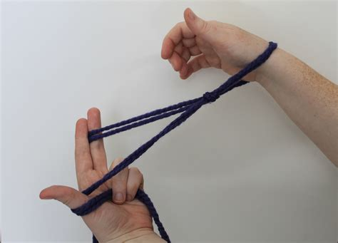 how to cast finger knitting arm knitting tutorial you ll fall in with this