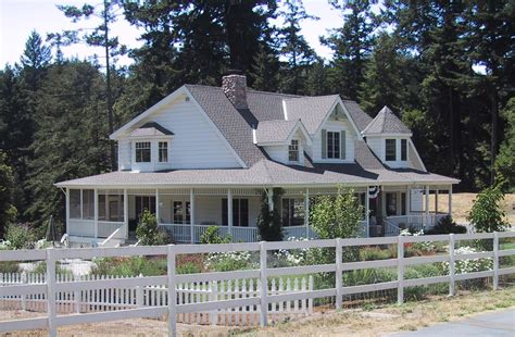 ranch house with wrap around porch in the warm hold of your loving mind 30 day journal my house