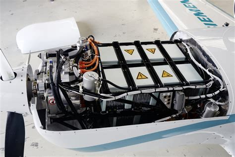 Electric Engine by Successful Test Flight Of The New 260 Kw Siemens Electric