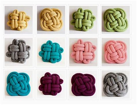how to tie a knot for knitting 17 best ideas about knot pillow on fleece knot