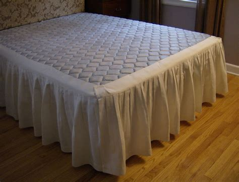 bed skirts things to consider when buying bedskirts ideas 4 homes