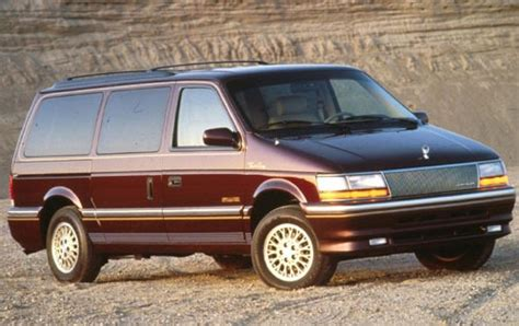 manual cars for sale 1993 chrysler town country user handbook used 1993 chrysler town and country for sale pricing features edmunds