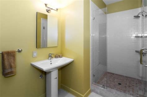 simple small bathroom ideas simple small bathroom designs bestsciaticatreatments
