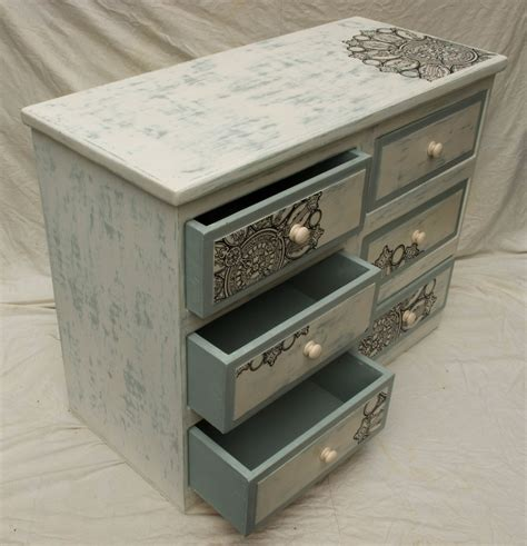 chest of drawers shabby chic white chest of drawers shabby chic images