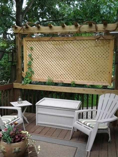 privacy screens for backyards 25 best ideas about deck privacy screens on