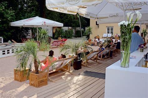 München Gourmet Englischer Garten by Isar Sand Und Liegestuhl Praterstrand M 252 Nchens