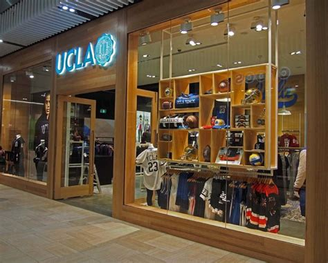 stores australia ucla clothing store opens in australia daily bruin