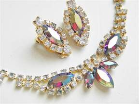 vintage for jewelry wayback vintage info on the history of vintage clothing