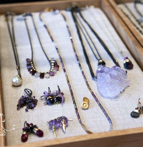 make your own jewelry display the official of the new york institute of and