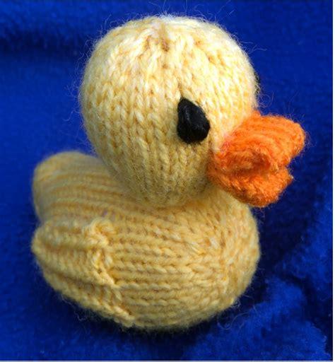 duck knitting pattern knitting patterns the yellow duck project