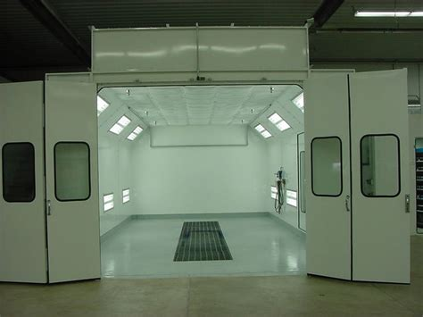spray painting sop paint booth clean room for clear coating or occasional