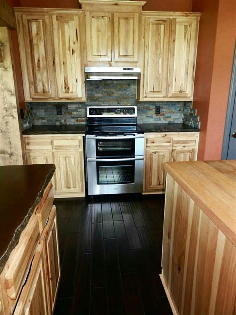 lowes hickory kitchen cabinets hickory kitchen cabinets lowes concord cabinets costco