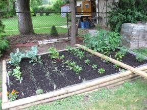 Garden Yard Ideas Small Vegetable Garden Design For Small House Guide