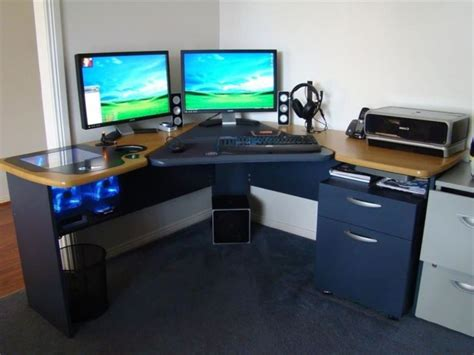 cool small desks cool desks for small spaces 9 modern desks for small