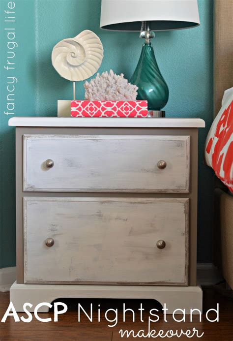 chalk paint using two colors sloan chalk paint nightstand makeover two color