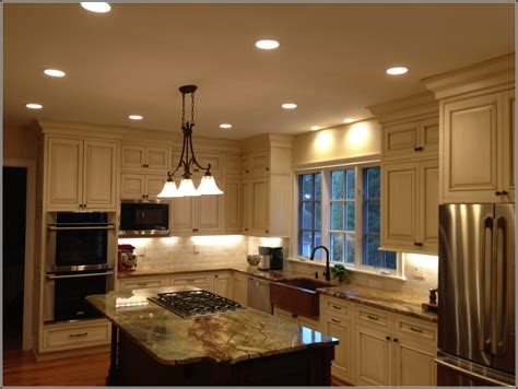 battery powered kitchen cabinet lighting battery powered cabinet lighting lowes home design