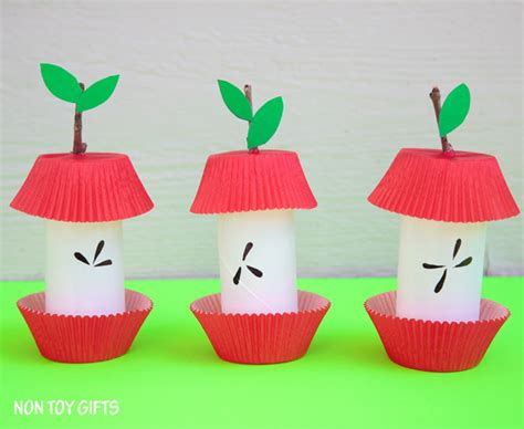 what to do with craft paper paper roll apple kid craft non gifts