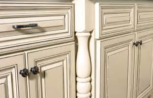 antique looking kitchen cabinets how to paint cabinets white distressed kitchen cabinets