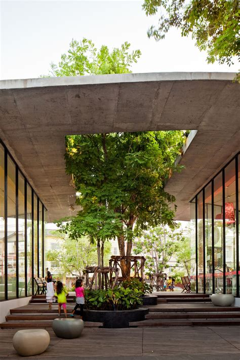 mall tree 10 stunning structures with gorgeous inner courtyards