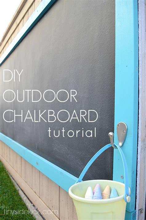 chalkboard paint outdoor use 40 outstanding diy backyard ideas