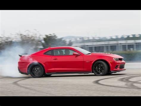2017 Cars Worth Waiting For by 2017 Cars Worth Waiting For 2017 Chevrolet Camaro Z28