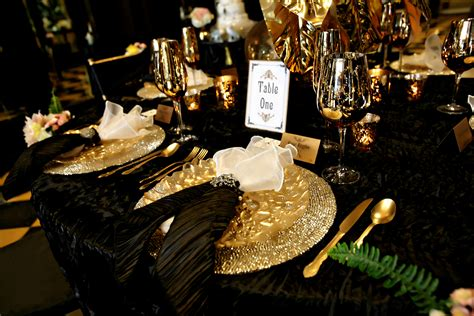 Centerpiece Ideas For Kitchen Table gatsby inspired wedding table settings san diego wedding