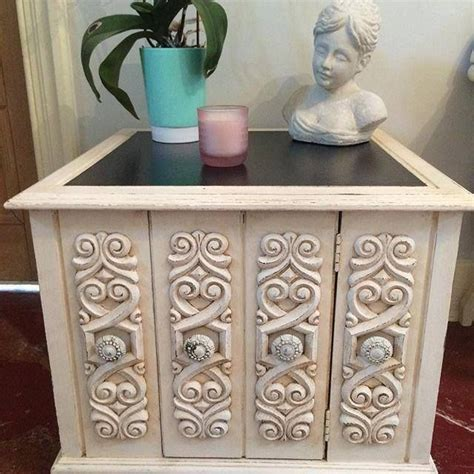 chalk paint vs stain 17 best images about repurposed reloved and restored