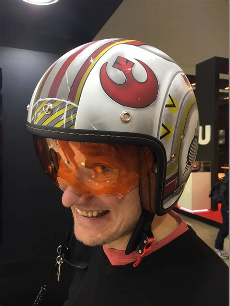 Motorradhelm Star Wars by Milan Show Another Look At The Hjc Star Wars Rebel Pilot