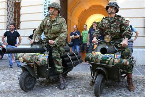 Modifikasi Vespa Army by Vespa World Days La Gazzetta Dello Sport