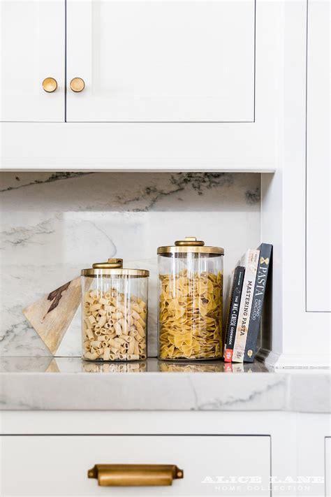 classic kitchen cabinet knobs shaker kitchen cabinet interior design ideas home bunch interior design ideas