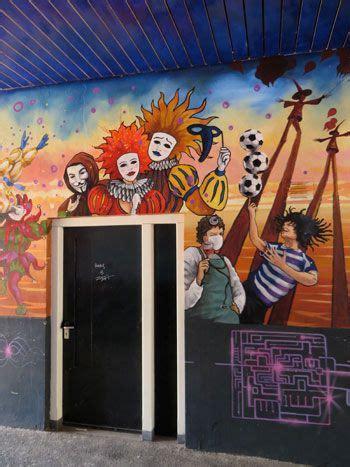 chalk paint zwolle muurschildering met clowns in zwolle zwolle mijn stad